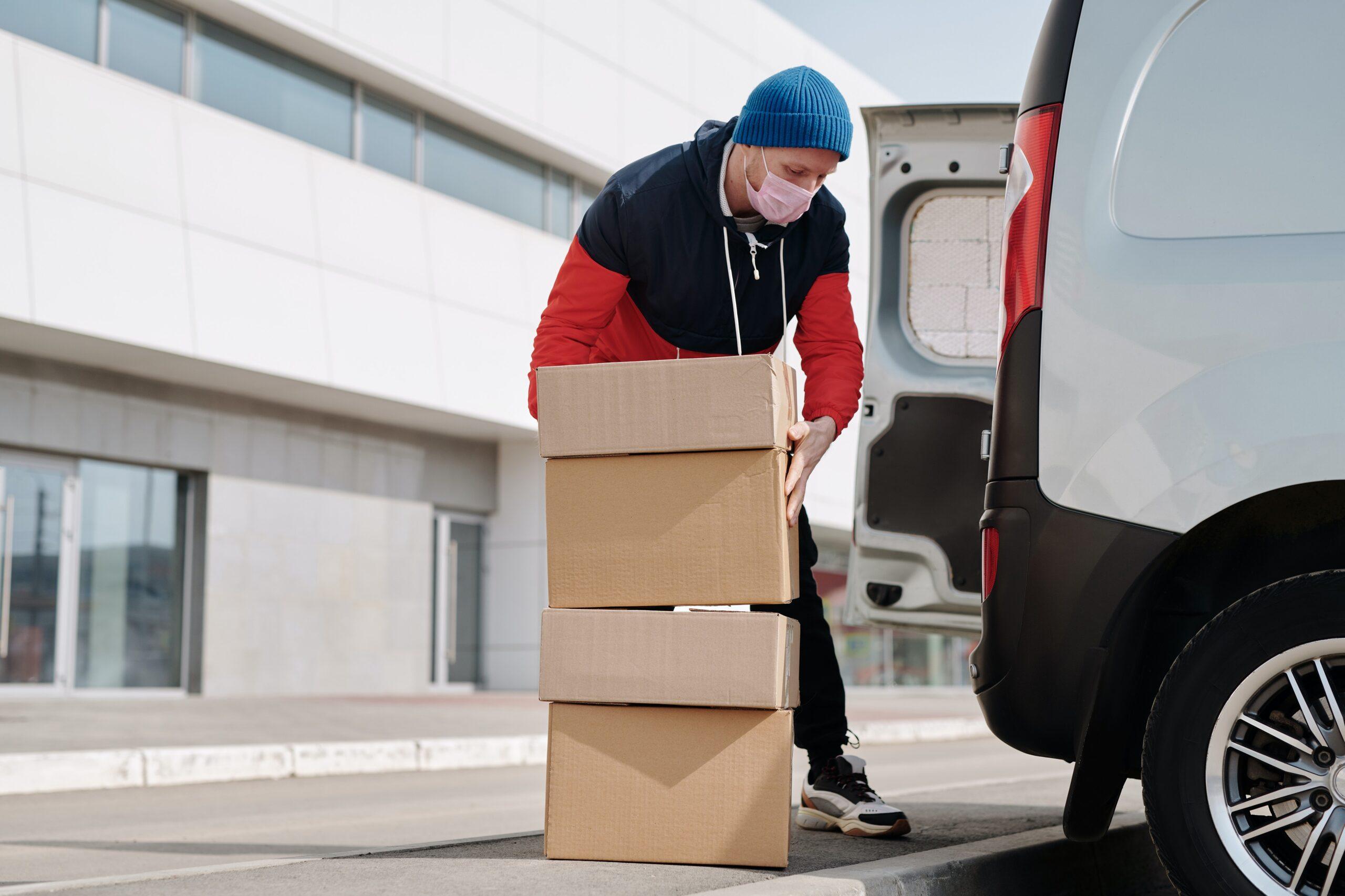 Consumidor pode exigir entrega de produto anunciado mesmo em falta de estoque?
